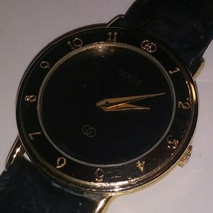 b7b3a4ab75c Women s Vintage Gucci Ladies Watch on Poshmark